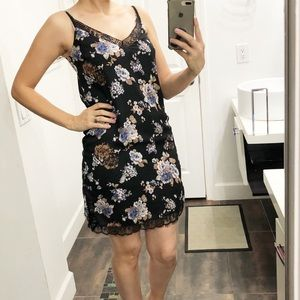Charlotte Russe beautiful floral dress size Small